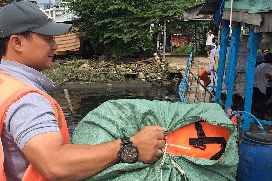 Les Rives Donating Life Jacket